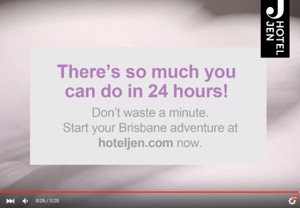 """Urodzinowa kampania sieci Hotel Jen """"24 hours in 24 seconds"""" – 24 sekundowy przewodnik po mieście."""