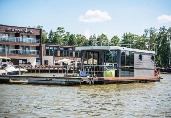 Apartboat – apartament na wodzie w hotelu Port 110
